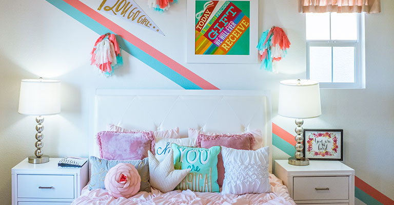 the candy cane style bedroom